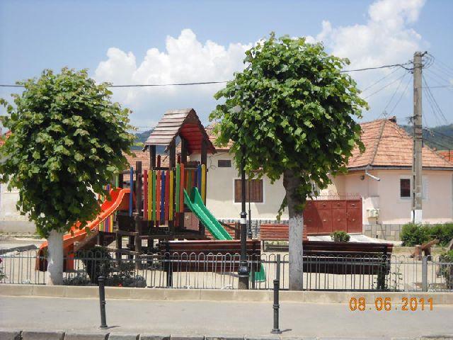 parc-zarnesti-centru1